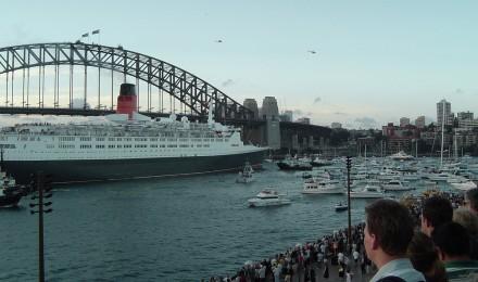Queen Elizabeth 2 Sydney QE2 QE2 QE2