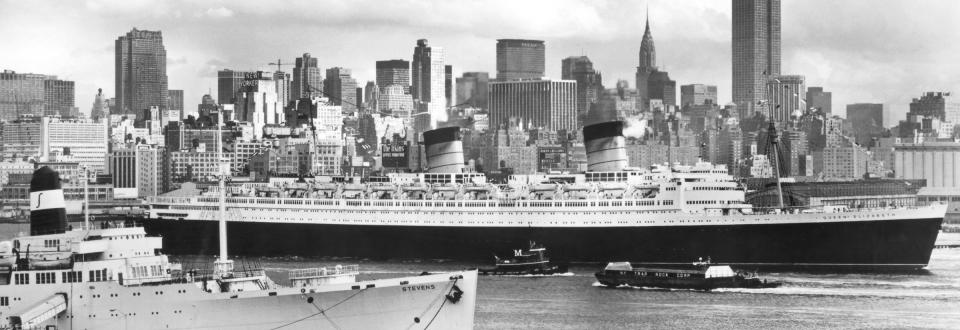 Cunard Queen Elizabeth Ocean Liner